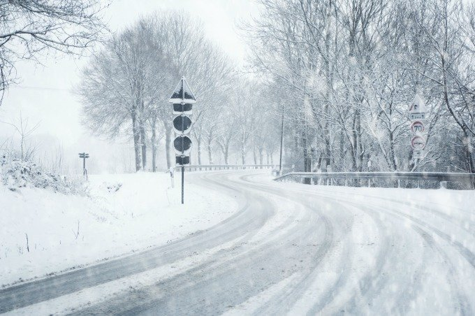 12 Tips For Driving Safely in Winter Conditions