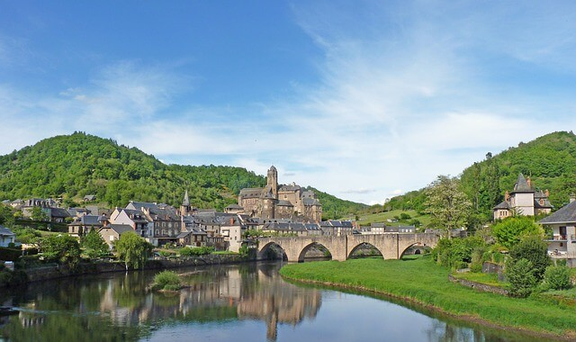 panoramic view of Estaing< France