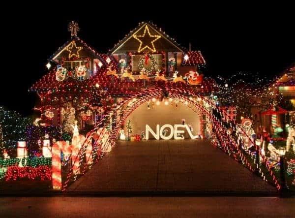 Home lavishly decorated with Christmas decor - depositphotos