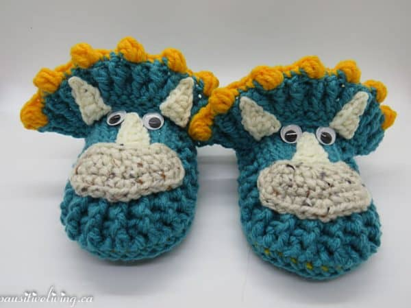crochet dinosaour slipper