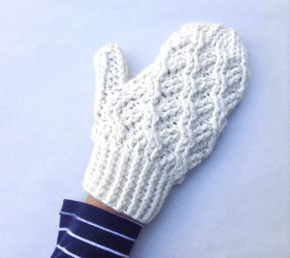 Cadence Cabled Mitten pattern